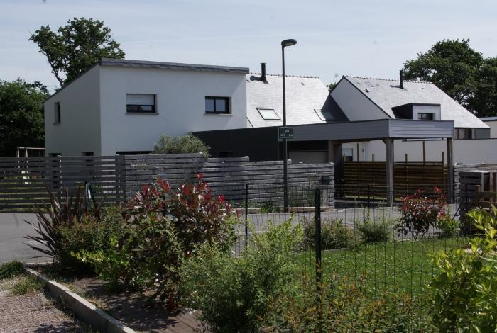Quartier-de-Mane-Mourin-Lavarion_700x470_acf_cropped
